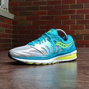 SAUCONY TRIUMPH ISO RUNNING SHOES SZ 8